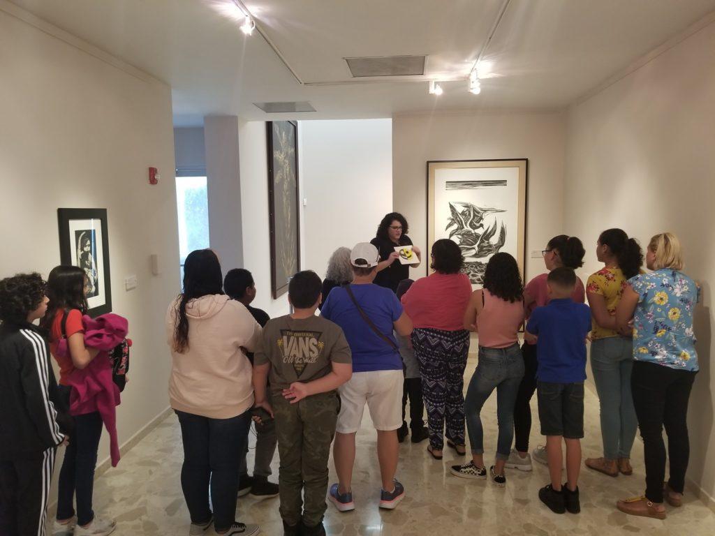 Mi Salón Museo: Diseño Positivo y Negativo.