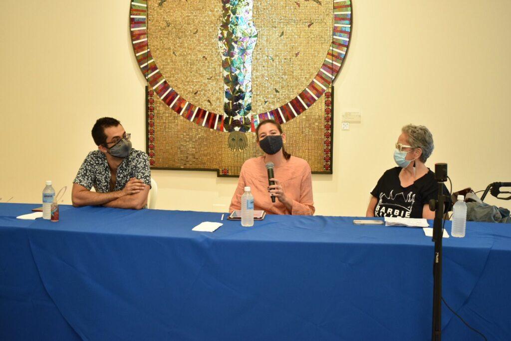 Fotos y Grabación: 1er Conversatorio: Exhibición Habitantes